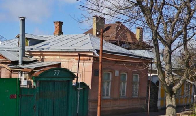 Снесут аварийные стены, заменят окна и полы: в Таганроге отремонтируют родовое гнездо Чеховых