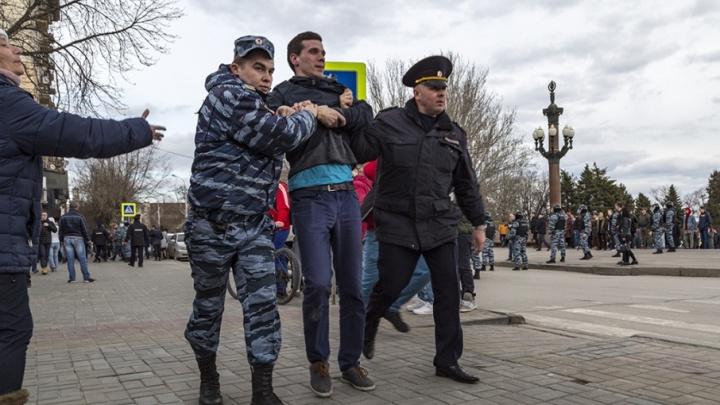 Сторонники Навального готовят незаконную массовую акцию в центре Волгограда