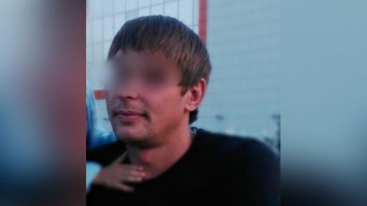 Курганец, работавший в Тюмени на стройке, украл у коллеги  500 тысяч рублей и прокутил их за два дня