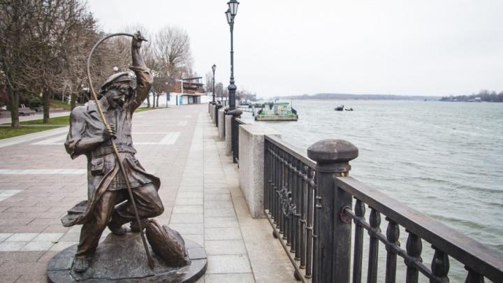 Осталось высадить цветы и поставить скамейки: реконструкция левого берега Дона закончится до 30 апреля