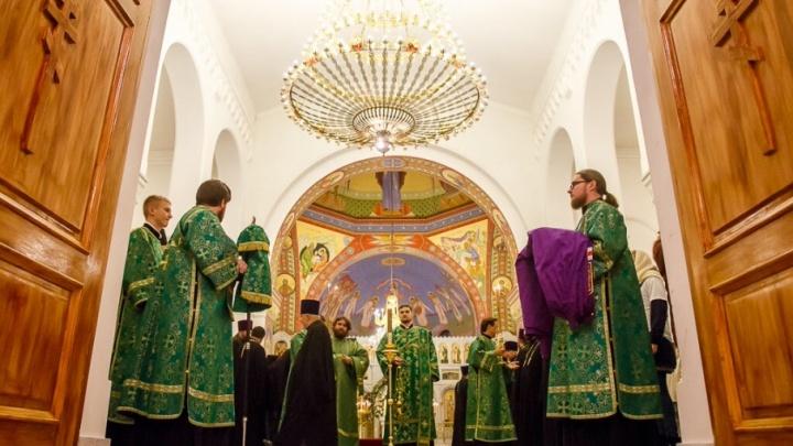 В Волгограде полсотни священников помолятся в боевых условиях