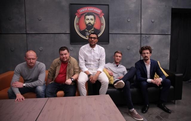 Стендап в массы: СКАТ-ТНТ запустил «Открытый микрофон» для молодых комиков
