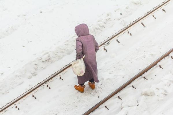 Самарцев пытаются отучить от прогулок по железнодорожным путям