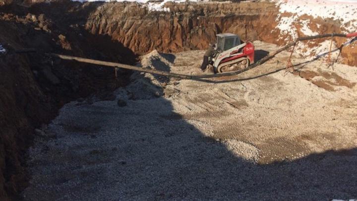У манежа «Пермь Великая» делают противопожарные емкости. Там будут храниться запасы воды