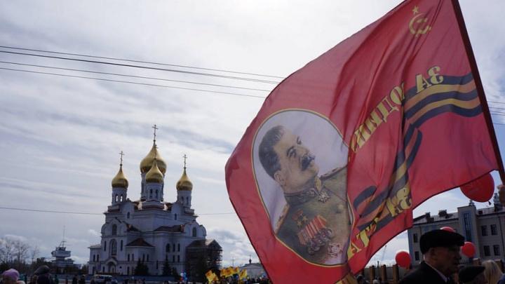 Архангельские коммунисты хотят перенести памятник Сталину с автозаправки к правительству области