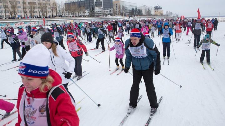 Архангелогородцы поддержали олимпийцев участием в «Лыжне России — 2018»