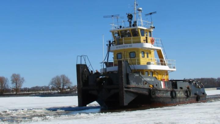 Ярославских рыбаков не пустили на лёд Которосли