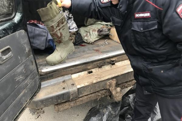 Все находки, в том числе автомобиль, были изъяты на месте