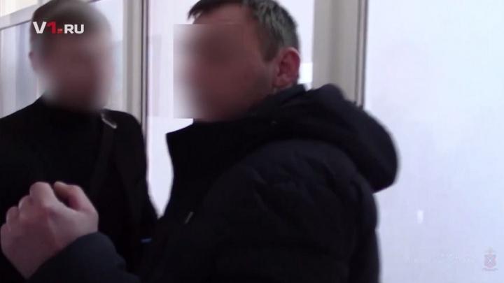 Появилось видео задержания взяточника из УФСИН в Волгограде