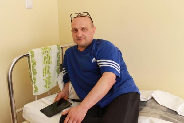 Больше года Анатолий Хлызов страдал от сильнейших головных болей