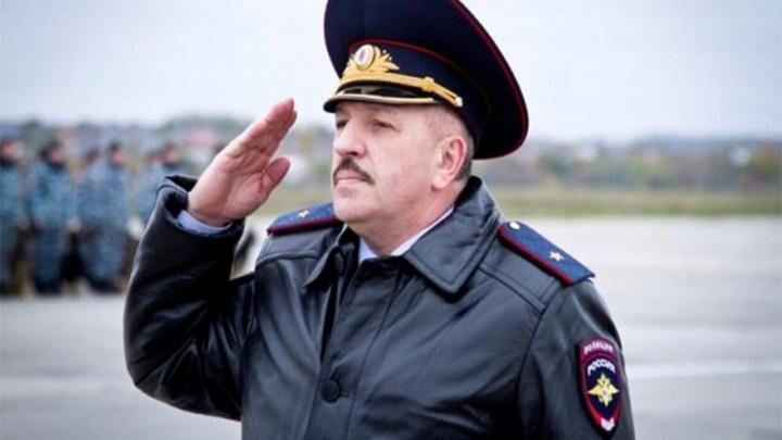 Главный полицейский Ростовской области заработал меньше всех из коллег: всего 190 тысяч в месяц