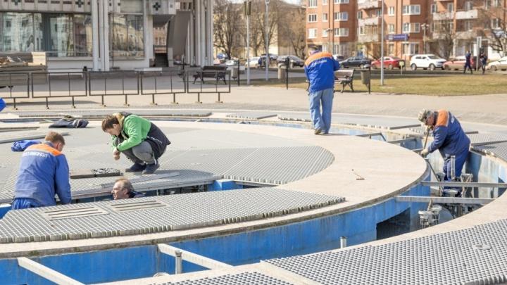 В Ярославле открыли фонтан у ТЮЗа: когда включат