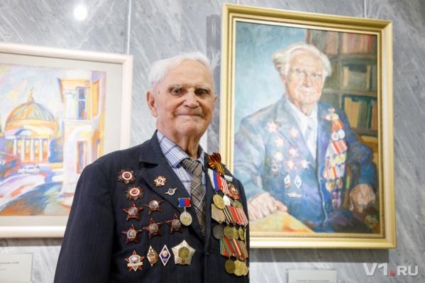 Михаил Терещенко о страшных боях, ранениях и встрече с Буденным и Сталиным