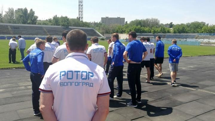 Волгоградский «Ротор» ушел на каникулы главным аутсайдером