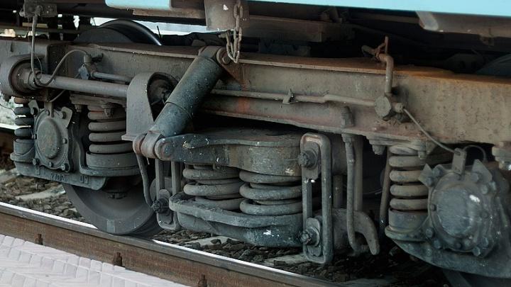 На челябинском предприятии рабочий попал под железнодорожный состав