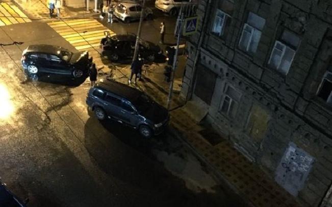 Ростовчанин пожаловался на неработающие светофоры и регулярные ДТП в переулке Островского