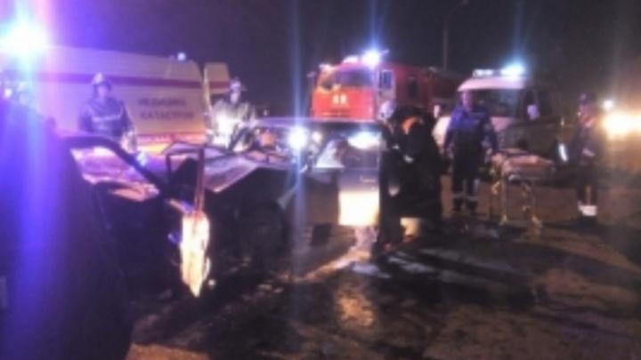 «Пятнашка» против «семёрки»: на Промышленном шоссе есть пострадавшие в ДТП