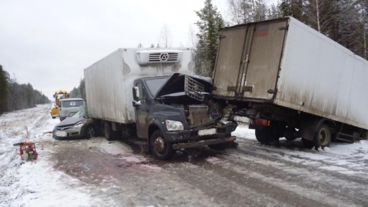 В Виноградовском районе в тройном ДТП погиб виновник аварии