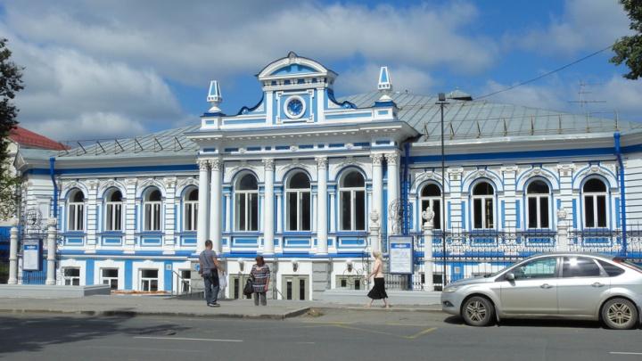 «Театральная бессонница»: Пермский ТЮЗ приглашает зрителей в ночной театр