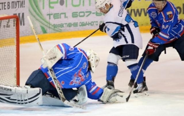 Самарские хоккеисты крупно проиграли «Славутичу» в 1/4 финала первенства ВХЛ