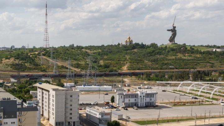 На улице Краснополянской в Волгограде достроят двухсотметровую телебашню