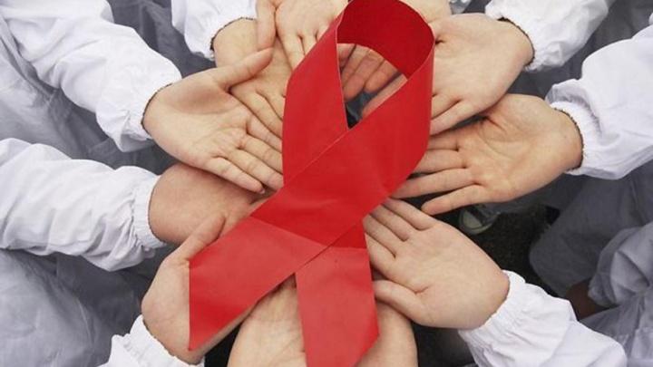 Главный врач пермского Центра СПИД Евгений Сармометов: «Люди с ВИЧ могут прожить до старости»