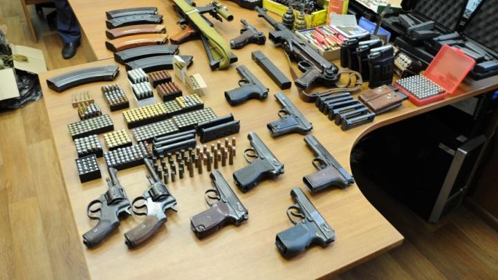 В Мирном «накрыли» подпольную мастерскую по изготовлению оружия и боеприпасов