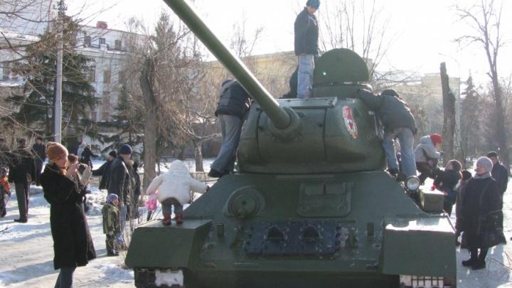 В Волгограде 2 февраля состоится воинский парад на площади Павших Борцов