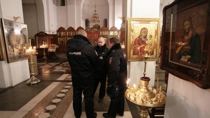 В Челябинской области преступник украл старинную икону XIX века