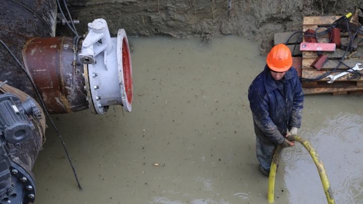 В Ворошиловском районе на сутки отключат холодную воду
