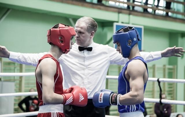 В Новодвинске стартовало первенство СЗФО по боксу