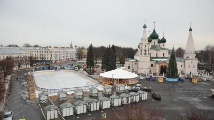 Первый день новогодней ярмарки в Ярославле: что будет на Советской площади