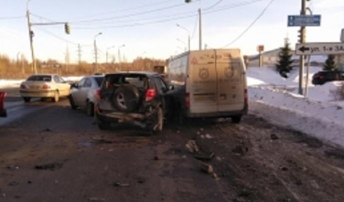 Подробности ДТП на ЮЗОД в Ярославле: разбились четыре машины