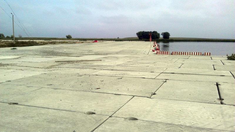 Территория торгового порта Оля после реконструкции причалов