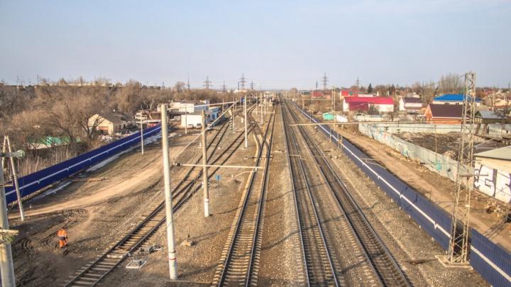 В Похвистнево мужчина попал под колеса грузового поезда и погиб