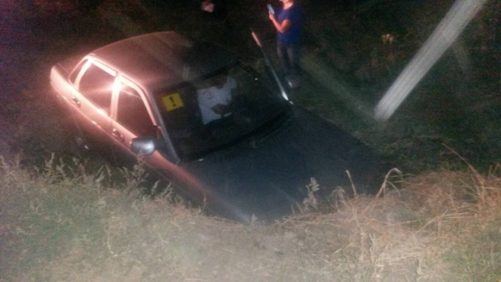 В Нефтегорском районе пьяная женщина на «десятке» вылетела в кювет