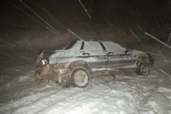 Отчаявшегося мужчину вызволили из снежного плена