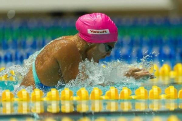 25-летняя девушка стала лучшей на дистанции 200 метров брассом