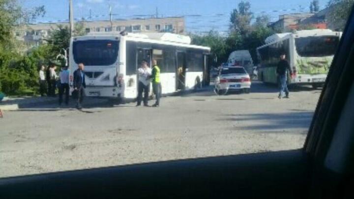 В Волгограде рейсовый автобус сбил ребенка-велосипедиста