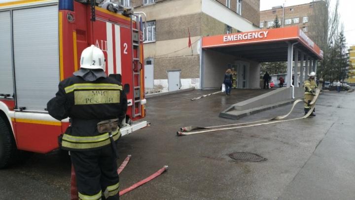 Эвакуация в Пироговке: больные поучаствовали в тренировке пожарных