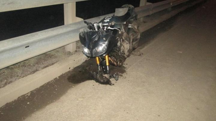 Не уступила дорогу: на трассе Пермь—Екатеринбург иномарка столкнулась с мотоциклом