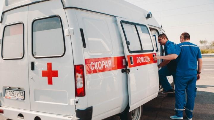 В Тюмени на пешеходном переходе сбили двух детей