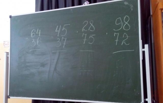 В табор – на родительское собрание: как в самарской школе учатся цыганские дети