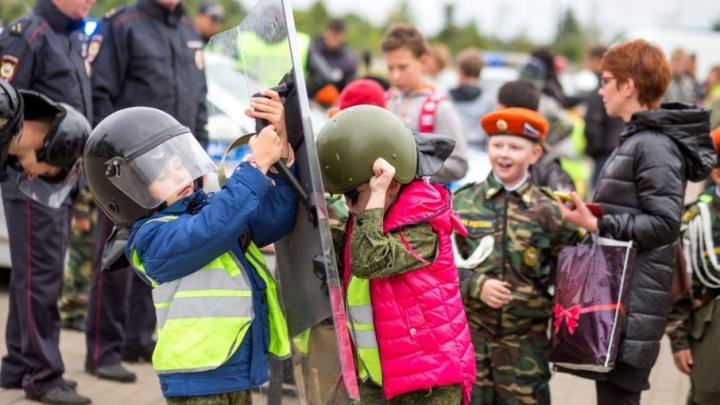 Ярославским школьникам раздали противогазы