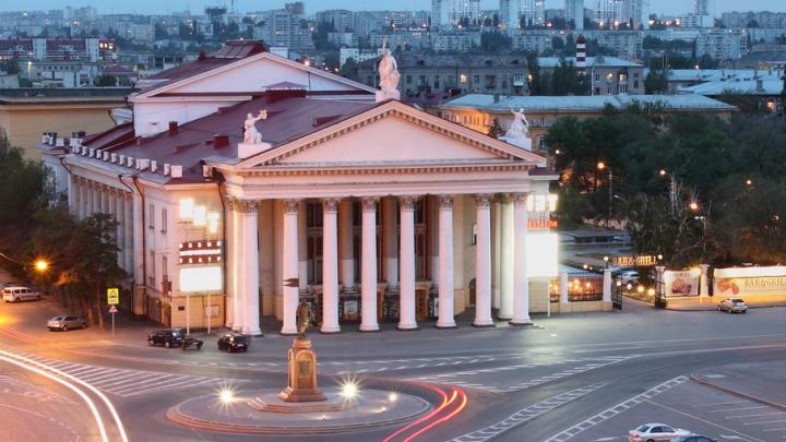 Актеры НЭТа Волгограда поборются за свои зарплаты в Верховном суде