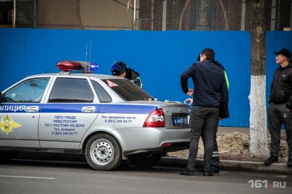 Преступников задержали сотрудники ДПС, когда те пытались скрыться на своей машине