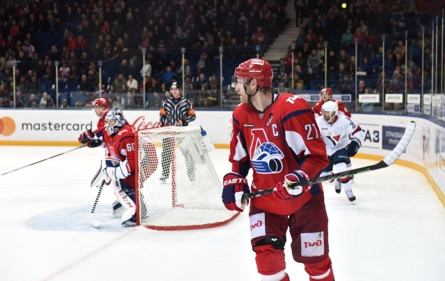 «Локомотив» продлил контракты с пятью хоккеистами