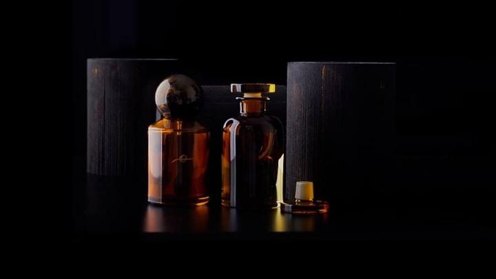 В Перми начали продавать новый парфюм от Теодора Курентзиса