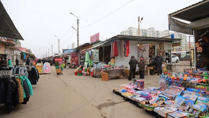 На Восточном рынке Ростова снесут 87 незаконно установленных торговых павильонов