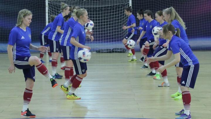 Двух тюменок вызвали в сборную страны по мини-футболу